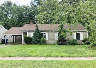 Foreclosed Home in East Hartford 06118 GREENWOOD ST - Property ID: 4407369270