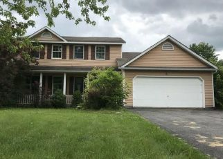 Foreclosed Home in Jamesville 13078 WALKERTON DR - Property ID: 4407406952