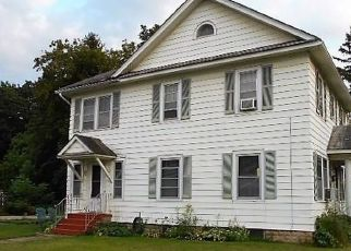 Foreclosed Home in Syracuse 13205 S SALINA ST - Property ID: 4407408698