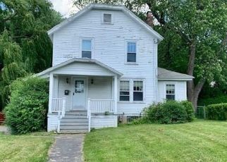 Foreclosed Home in Syracuse 13224 FOXBORO RD - Property ID: 4407410897