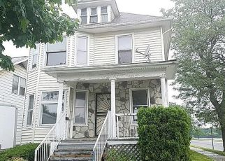 Foreclosed Home in Highland Park 48203 CONNECTICUT ST - Property ID: 4407425785