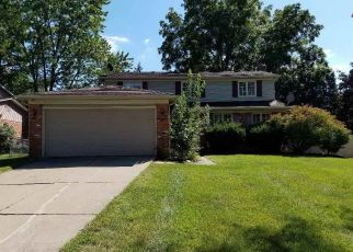 Foreclosed Home in Southfield 48075 JEFFREY LN - Property ID: 4407428398