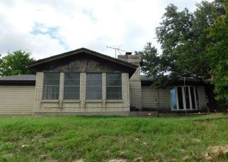 Foreclosed Home in Fort Worth 76179 HIDDEN HILL DR - Property ID: 4407462117