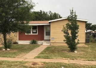 Foreclosed Home in Colorado City 79512 CHESTNUT ST - Property ID: 4407478328
