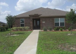 Foreclosed Home in Red Oak 75154 MEADOW SPRINGS DR - Property ID: 4407495412