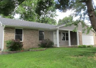Foreclosed Home in Saint Peters 63376 OAK BLUFF DR - Property ID: 4407533517