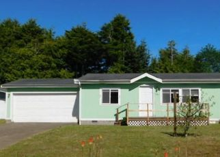 Foreclosed Home in Waldport 97394 SW FOREST PKWY - Property ID: 4407558483