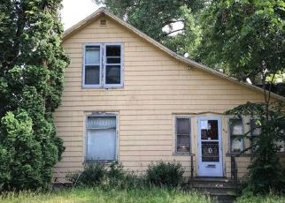 Foreclosed Home in Austin 55912 5TH AVE NE - Property ID: 4407657463