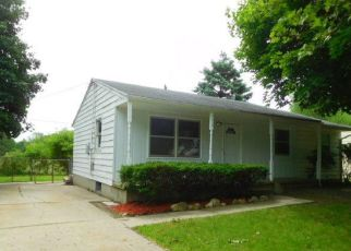 Foreclosed Home in Lansing 48911 ASHLEY DR - Property ID: 4407664922