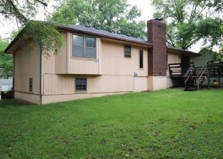 Foreclosed Home in Shawnee 66216 W 60TH TER - Property ID: 4407725796