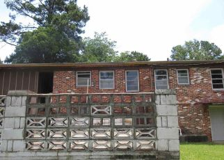 Foreclosed Home in Fairfield 35064 GLEN RIDGE DR - Property ID: 4407727988