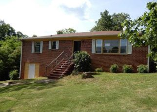 Foreclosed Home in Birmingham 35215 23RD TER NW - Property ID: 4407728413