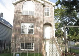 Foreclosed Home in Chicago 60619 S GREENWOOD AVE - Property ID: 4407745947