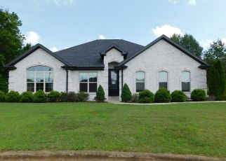 Foreclosed Home in Muscle Shoals 35661 KAMARIE LN - Property ID: 4407802432