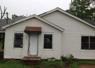Foreclosed Home in Fayette 35555 5TH AVE NE - Property ID: 4407806823