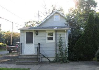 Foreclosed Home in Croydon 19021 WYOMING AVE - Property ID: 4407884780