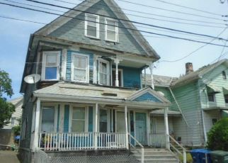 Foreclosed Home in Bridgeport 06607 DEKALB AVE - Property ID: 4407966680