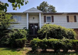 Foreclosed Home in Oceanside 11572 VERMONT AVE - Property ID: 4407977625