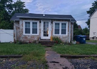 Foreclosed Home in Alexandria 22312 THIRD ST - Property ID: 4407982887