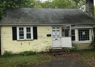Foreclosed Home in South Yarmouth 02664 REGIONAL AVE - Property ID: 4408010917