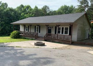 Foreclosed Home in Mineral 23117 CEDAR HILL RD - Property ID: 4408023162