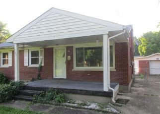 Foreclosed Home in Louisville 40258 THOMPSON LN - Property ID: 4408033245