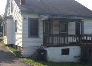 Foreclosed Home in Cincinnati 45251 PIPPIN RD - Property ID: 4408046830