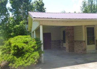 Foreclosed Home in Camden 38320 ROWSEY ST - Property ID: 4408058653