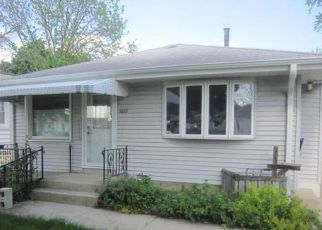 Foreclosed Home in Racine 53405 KENTUCKY ST - Property ID: 4408091943