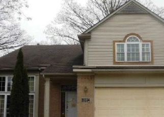 Foreclosed Home in Livonia 48152 OPORTO AVE - Property ID: 4408107259