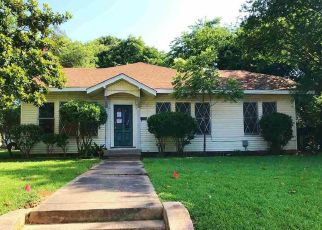 Foreclosed Home in Pittsburg 75686 COLLEGE ST - Property ID: 4408157180