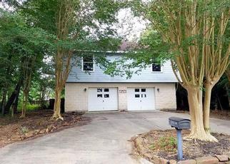 Foreclosed Home in Montgomery 77356 RAINTREE DR - Property ID: 4408159828