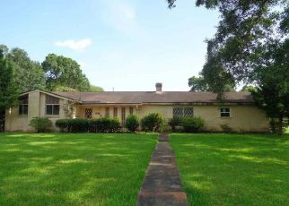 Foreclosed Home in Beaumont 77707 FOREST PARK DR - Property ID: 4408160701