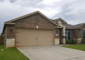 Foreclosed Home in Magnolia 77355 MAVERICK RANCH RD W - Property ID: 4408165964