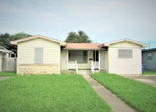 Foreclosed Home in Corpus Christi 78411 ASPEN ST - Property ID: 4408183924