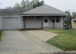 Foreclosed Home in Saint Louis 63137 GLEN GARRY RD - Property ID: 4408219380