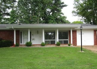 Foreclosed Home in Saint Louis 63146 TRYON DR - Property ID: 4408220255