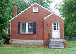 Foreclosed Home in Saint Louis 63135 S HARTNETT AVE - Property ID: 4408222446