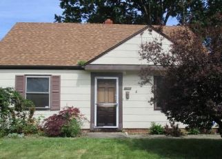 Foreclosed Home in Euclid 44123 WILLIAMS AVE - Property ID: 4408260557