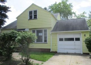 Foreclosed Home in Cleveland 44125 BANGOR AVE - Property ID: 4408278509