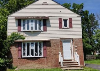 Foreclosed Home in Cleveland 44112 HELMSDALE RD - Property ID: 4408279840