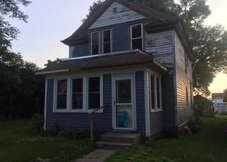 Foreclosed Home in Lakefield 56150 BUSH ST - Property ID: 4408382303