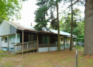 Foreclosed Home in Beaverton 48612 SHAFFER RD - Property ID: 4408397644
