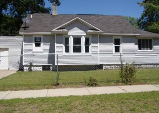 Foreclosed Home in Muskegon 49444 7TH ST - Property ID: 4408401587