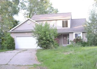 Foreclosed Home in Lansing 48911 BISHOP RD - Property ID: 4408410335