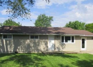 Foreclosed Home in Muncie 47304 N MILTON ST - Property ID: 4408432232