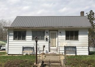 Foreclosed Home in Covington 47932 CROCKETT ST - Property ID: 4408504511