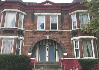 Foreclosed Home in Chicago 60621 S LOWE AVE - Property ID: 4408517199