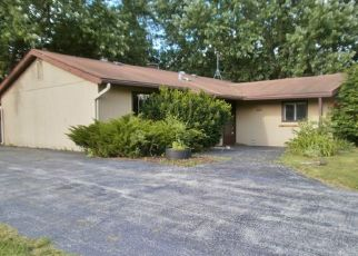 Foreclosed Home in Orland Park 60462 CHADBOURN DR - Property ID: 4408522465