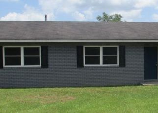 Foreclosed Home in Jesup 31546 JUBILEE AVE - Property ID: 4408541737